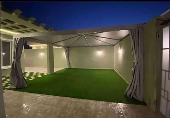 جلسات مظلات حدائق الرياض