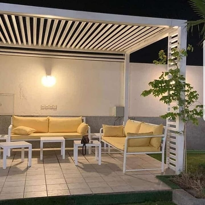 مظلات حدائق الرياض |جلسات مظلات حدائق بأشكال جديدة